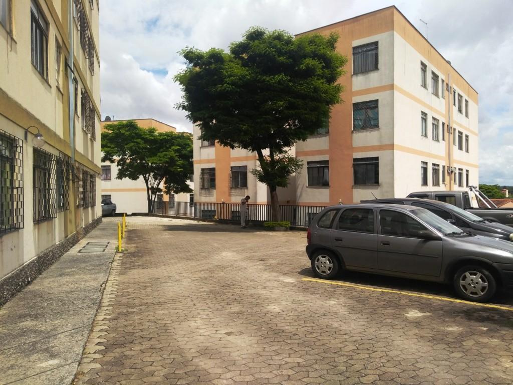 3 Quartos 1 vaga bairro Heliópolis.