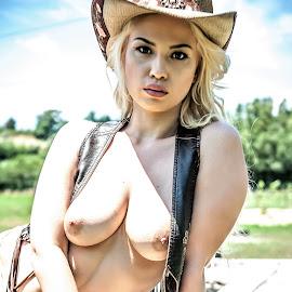 Arizona by Adriano Ferdinandi - Nudes & Boudoir Artistic Nude