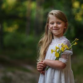 Smile by Piotr Owczarzak - Babies & Children Child Portraits ( forest, poland, girl, summer, kids )