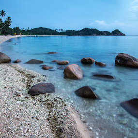 Cold morning beach by Tan  Kian Yong - Landscapes Beaches ( shore, sand, tropical, asia, beach, travel, morning )