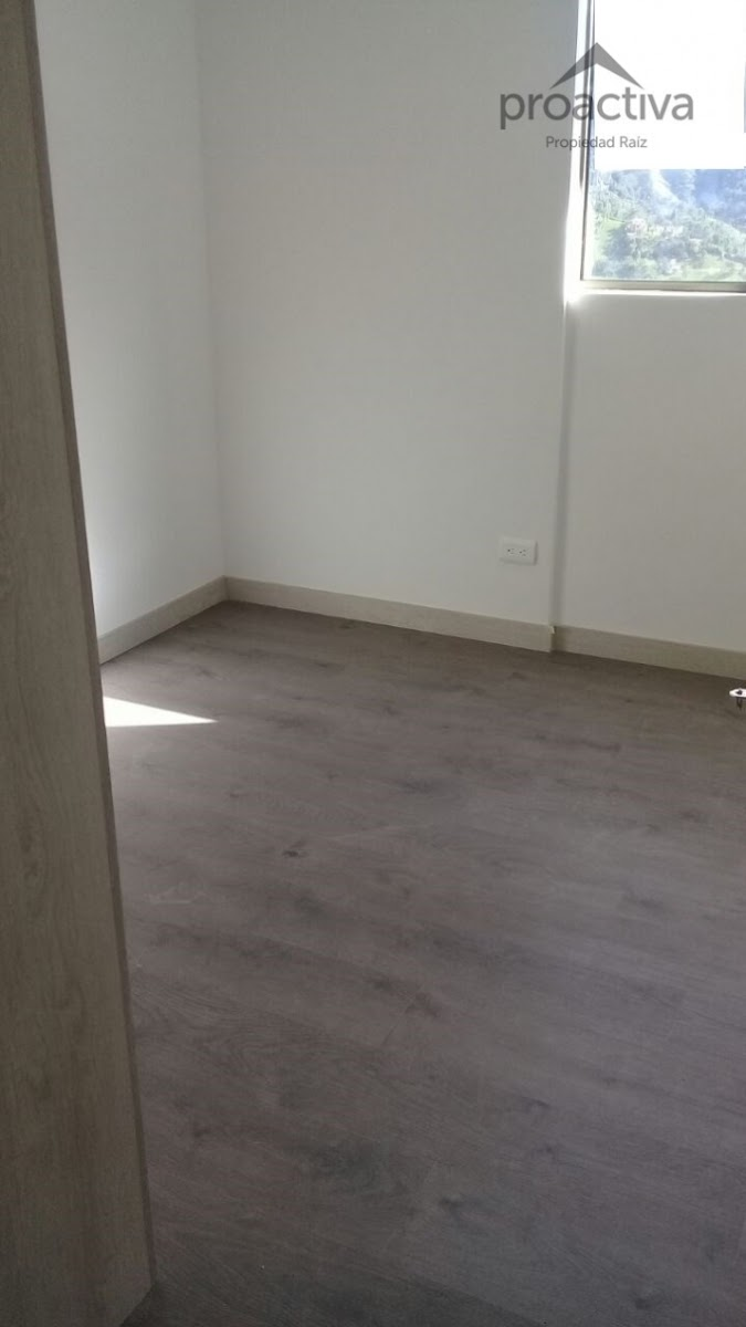 apartamento en arriendo sabaneta 497-6486
