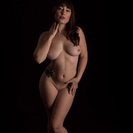 by Mg Photography - Nudes & Boudoir Artistic Nude ( pose )