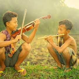 morning harmony by Haris Fallin - Babies & Children Children Candids ( indonesia, children, kids, photography, portrait )