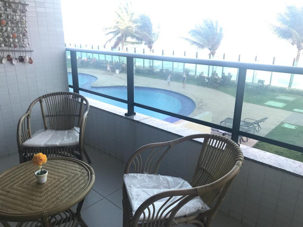 Apartamento Beira Mar à venda, 48 m² por R$ 329.000 - Tabatinga - Conde/PB