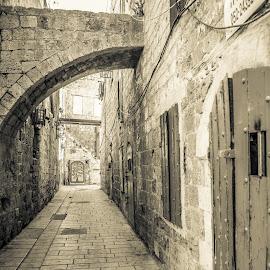 by Dov Amar - City,  Street & Park  Markets & Shops