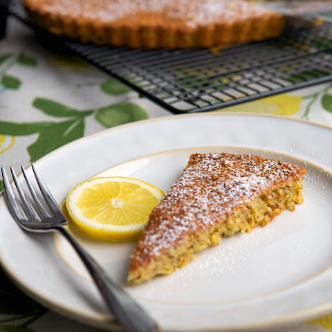 Flourless Lemon Almond Tort