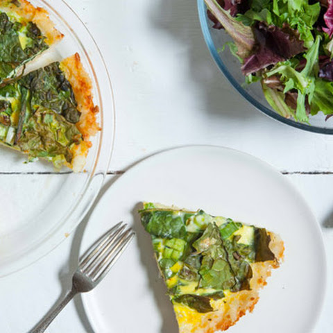 Kale-Onion Quiche with Cheddar-Rice Crust