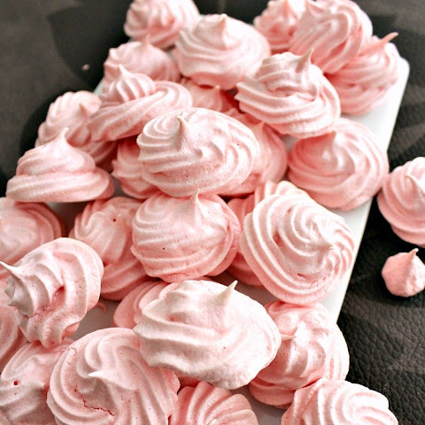 Mini Meringue Cookies