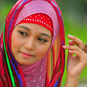 Muslimah by Panji Ninetyone - People Portraits of Women
