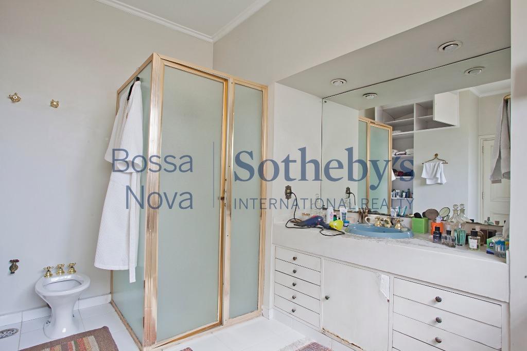 Apartamento residencial à venda, Bela Vista, São Paulo.