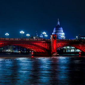 Blackfriars bridge and St Pauls by night by Dimitri Foucault - Travel Locations Landmarks ( stpauls, pwclandmarks, london, blackfriars, night, bridge, city )