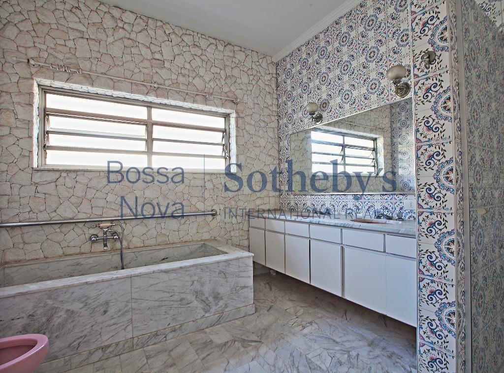 Casa residencial para venda e locação, Pacaembu, São Paulo - CA5806.