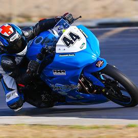 by Heinrich Sauer - Sports & Fitness Motorsports ( yamaha, bike, motorbike, speed, #44, racing, knee )