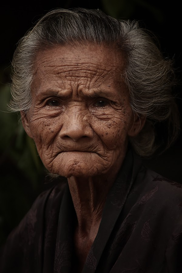 ::. Old .:: by Wicha Inzaghi - People Portraits of Women ( senior citizen )