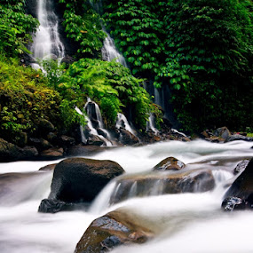 by Theyjun Photoworks - Nature Up Close Rock & Stone ( sony, alpha, 290, river )