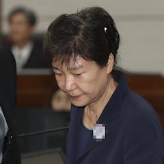 박** 전 大통령 탈남해서 북한으로 도망.....