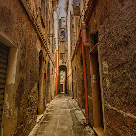 by Antonello Madau - City,  Street & Park  Historic Districts