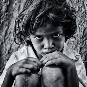 by Sudharshun Gopalan - People Street & Candids ( creative, gopalan, artistic, sudharshun, india, boy, chennai, portrait, kid )