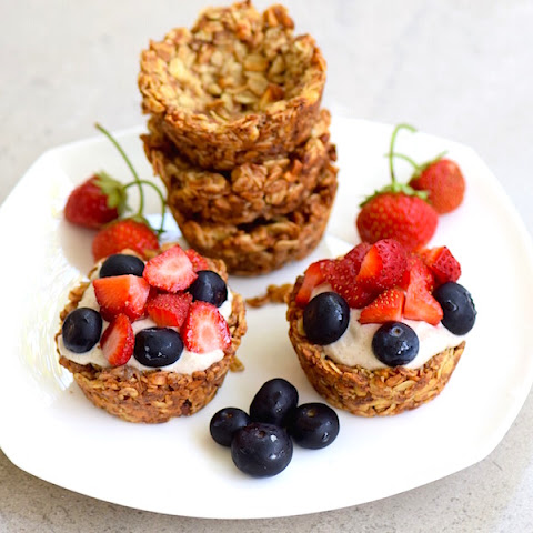 Granola Cups with Banana Cream