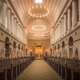 Vor Frue Kirke by Ole Steffensen - Buildings & Architecture Places of Worship ( interior, copenhagen, church, vor frue kirke, statues, church of our lady, cathedral, denmark )