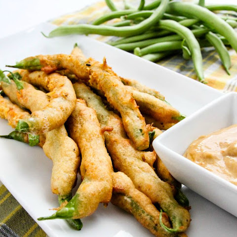 Green Bean Fries with Sriracha Honey Mustard Sauce