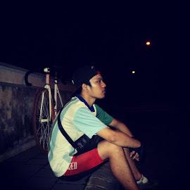 by Imam Sahroni - Sports & Fitness Cycling ( rideknight, fixedcomerjember, jember, onegear, ayosepedaan )