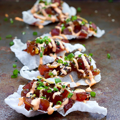 Ahi Poke with Sriracha Aïoli and Rice Paper Crisps