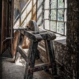 Grindstone by Svein Hurum - Uncategorized All Uncategorized ( carpentry workshop )