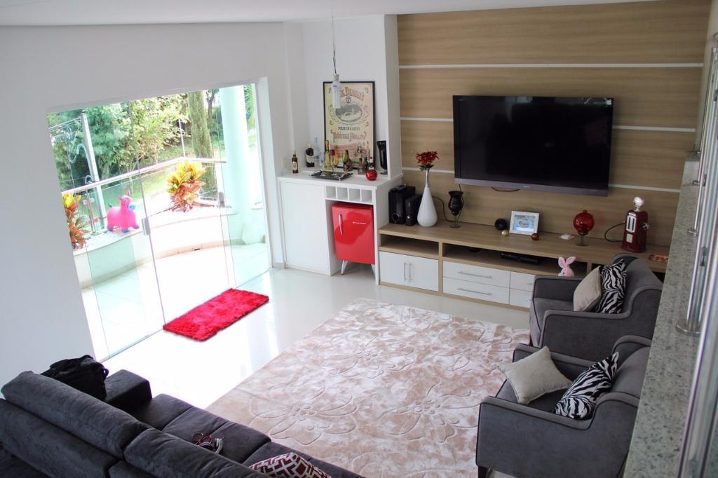 Sobrado residencial à venda, Perobal, Arujá - SO0144.