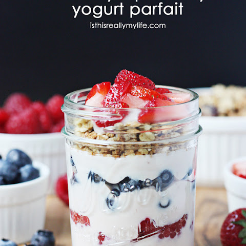 Crunchy Triple Berry Yogurt Parfait