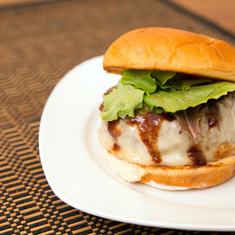 Hambāgu Burger (Adapted from Bobby Flay and Just One Cookbook)