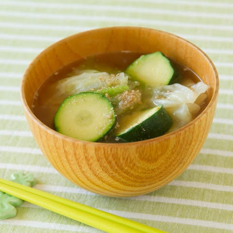 Ground sesame Miso soup with zucchini and cabbage