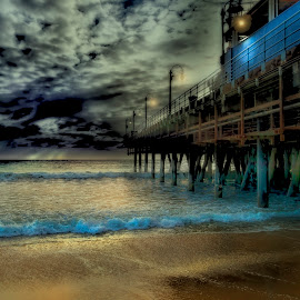 The pier. by William Underwood  - Digital Art Places