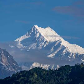 Kangchenjunga by Rajesh Srinivasan - Landscapes Mountains & Hills ( #kangchenjunga, #rajeshsrinivasan, #gangtok, #mountains, #darajeeling )