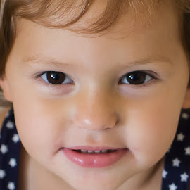 Beautiful Eyes by Mike Zegelien - Babies & Children Child Portraits ( toddler, girl, portrait, eyes, child,  )