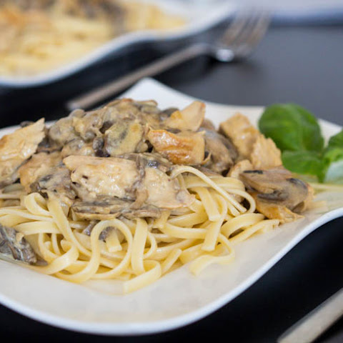 Dijon Chicken and Mushroom Pasta