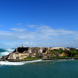 Fort El Morro by Steve Parsons - Landscapes Travel ( waterscape, old san juan, el morro, travel, fort, cruise )