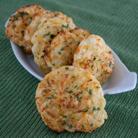 Red Lobster Cheddar Bay Biscuits – Copycat