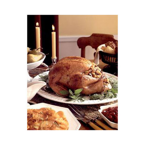 Traditional Roast Turkey with Giblet Gravy