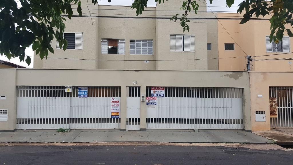 Apartamento com 2 dormitórios para alugar, 1 m² por R$ 700/mês - Olinda - Uberaba/MG