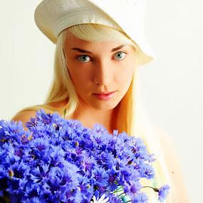 flower girl by Alex Zagorskij - People Portraits of Women