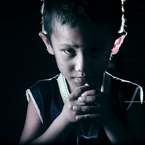 Kianong by Siriel Maulit - Babies & Children Child Portraits ( child, dark, portrait )