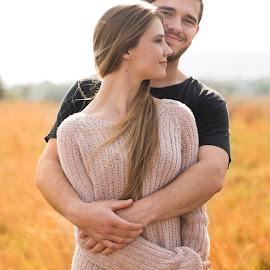 Eduard Labuschagne by Eduard Labuschagne - People Couples ( love, pose, natural light, outdoor, couple )