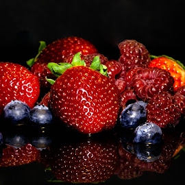 by Dale Pausinga - Food & Drink Fruits & Vegetables ( fruit, blueberry, raspberry,  )