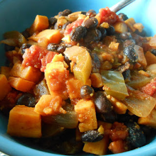 Chipotle Sweet Potato and Black Bean Chili