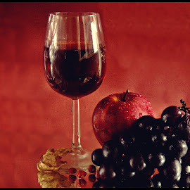 A glass that cheers by Prasanta Das - Food & Drink Alcohol & Drinks ( red winw, grapes, apple, glass,  )
