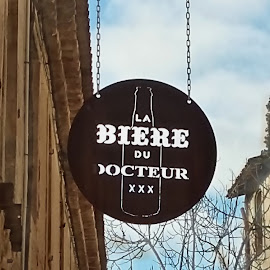 The doctor's beer by Helena MARC - Food & Drink Alcohol & Drinks ( sign, shop, signs, store sign, beer, shop sign, store, street, france, french, phoneography, street scene )