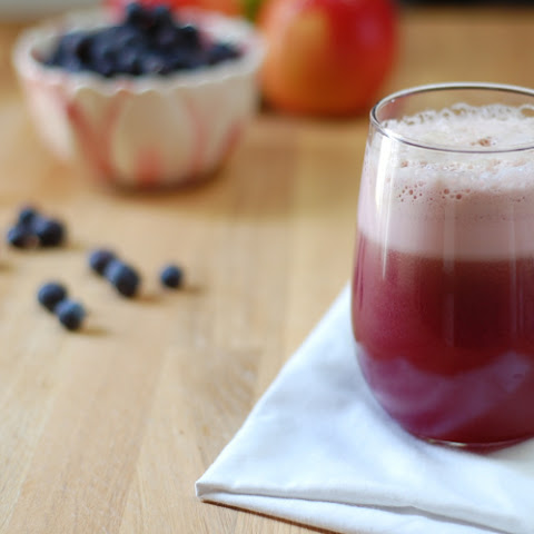 Blueberry Cabbage Power Juice