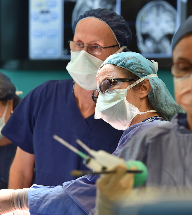 Neurologist Dr Simon Harvey and neurosurgeon Wiriginia Maixner during Charlie's surgery.