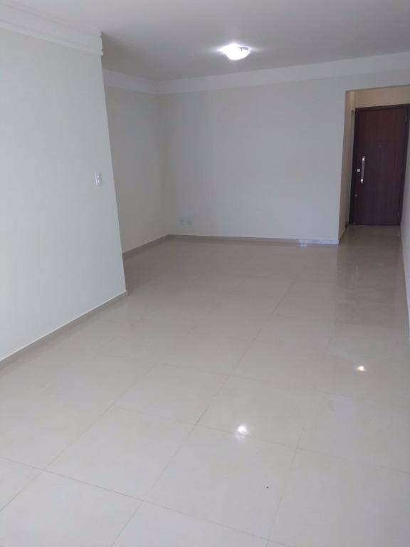 Apartamento residencial à venda, Santa Mônica, Uberlândia.